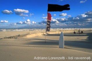 thumbs_sc080303-mare-bandiera-nera-bis-ok